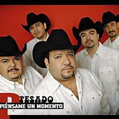 Play & Download Piensame un momento by Pesado | Napster