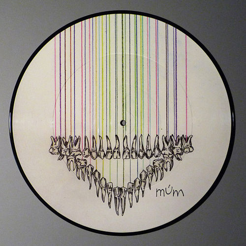When Girls Collide by Múm