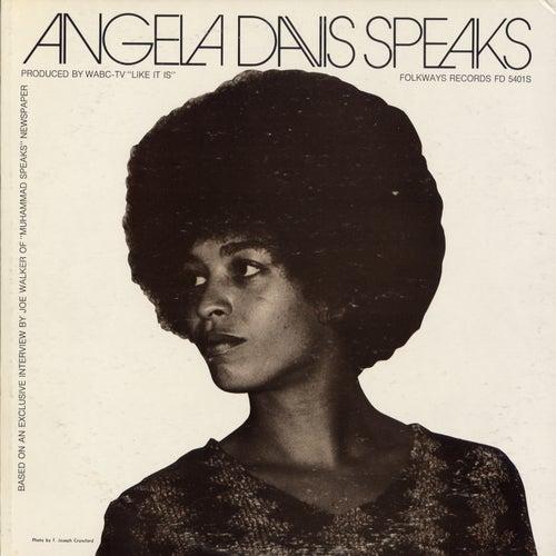 Angela Davis Speaks by Angela  Davis