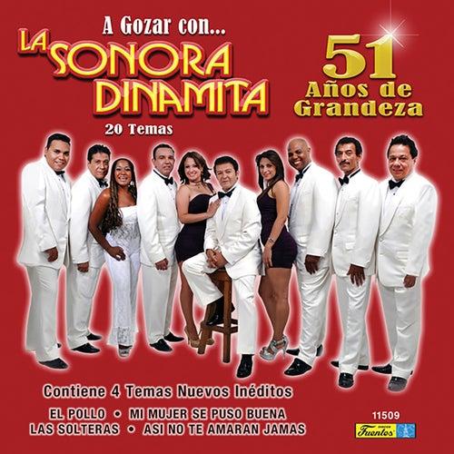 51 Años de Grandeza by La Sonora Dinamita