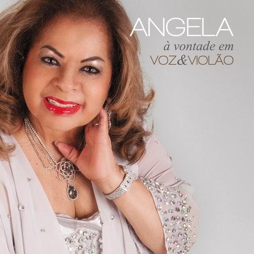À Vontade Em Voz e Violão de Angela Maria