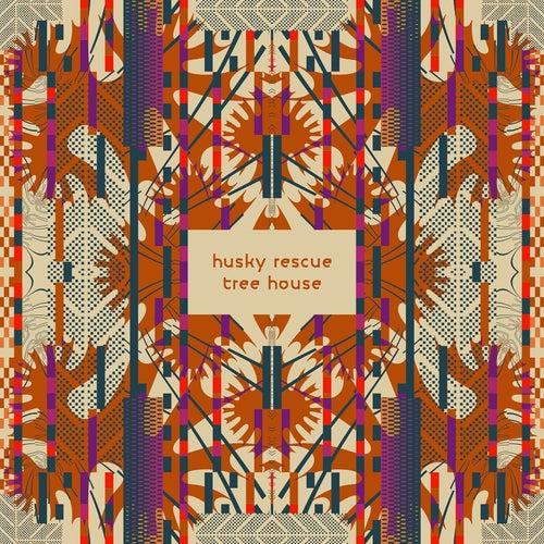 Tree House by Husky Rescue