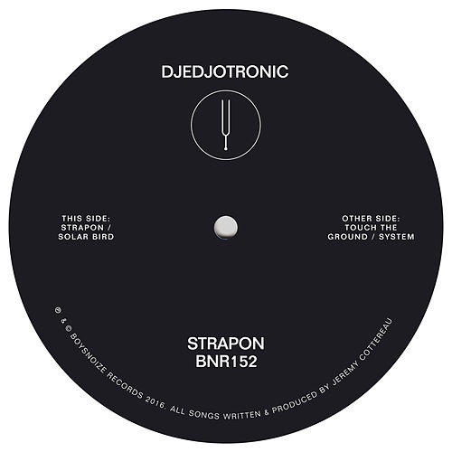 Strapon by Djedjotronic