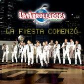 La Fiesta Comenzó by La Arrolladora Banda El Limon
