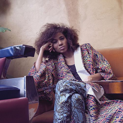 Play & Download Nothing by Nneka | Napster