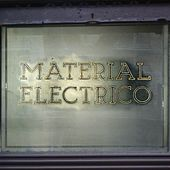 Material Electrico by Uncle Phil