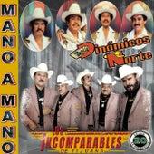 Mano A Mano: 20 Exitos by Los Dinamicos Del Norte