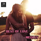Love Hits Medley: Woman in Love / Unchained Melody / Wicked Game / Take My Breath Away / Everything I Do / Please Forgive Me / Moments in Love / Another Day in Paradise / Since I Don't Have you / The Power of Love / One More Night / Why / Feelings / Heart by Silver