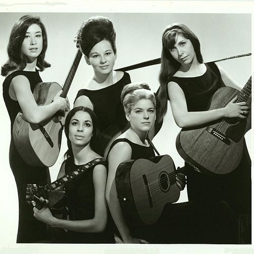 Play & Download My Heart Tells Me to Believe by The Womenfolk | Napster