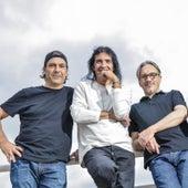 Borracho y Loco (Urban Versión) [feat. Zion & Lennox] by Los Enanitos Verdes
