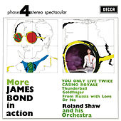 More James Bond In Action de Roland Shaw