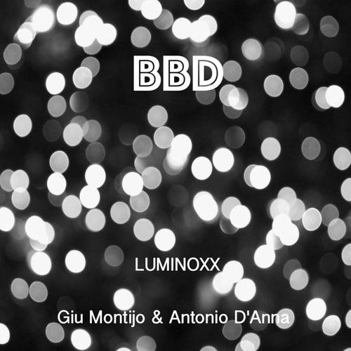 Luminoxx by Giu Montijo