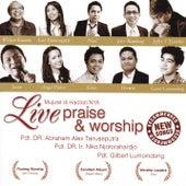 Mujizat di-hadiratNya (Live Praise & Worship) by Various Artists