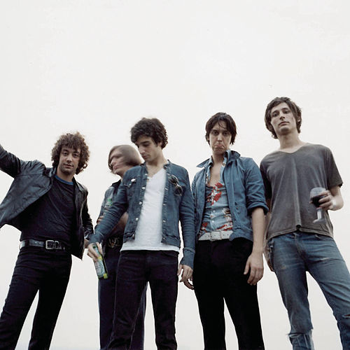 Play & Download Soma (live In Iceland) by The Strokes | Napster