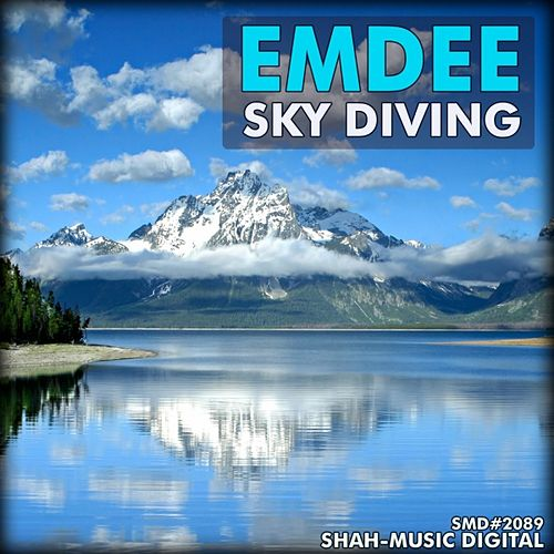 Sky Diving by Emdee