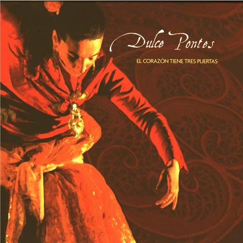 El Corazon tiene tres Puertas by Dulce Pontes