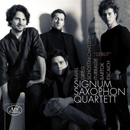 Debut by Signum Saxophone Quartet
