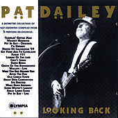 Looking Back de Pat Dailey
