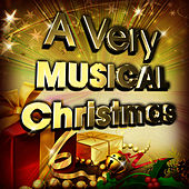 Play & Download A Very Glee Christmas by Glee Club Ensemble | Napster