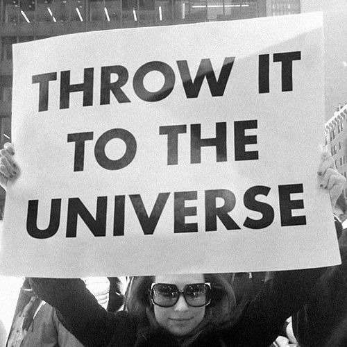 Throw it to the Universe de The Soundtrack of Our Lives