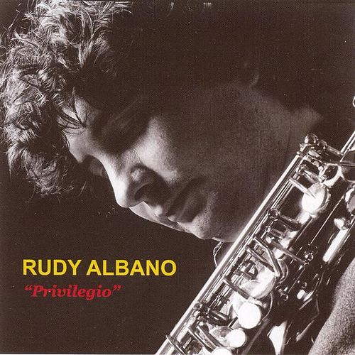 Play & Download Privilegio by Rudy Albano | Napster