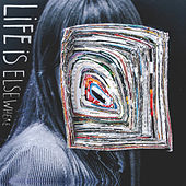 Life Is Elsewhere de Little Comets