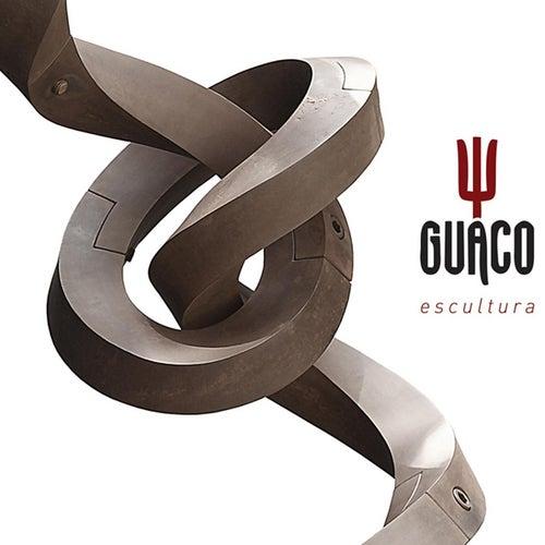 Escultura by Guaco