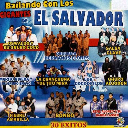 Bailando Con los Gigantes de el Salvador by Various Artists