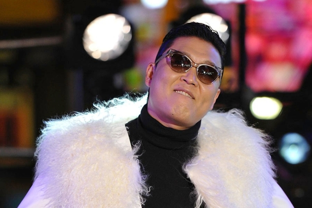 the song and music video of gangnam style by rapper psy Known more popularly as psy, is a south korean rapper psy-brings-gangnam-style-to in the music video for his megahit song 'gangnam style.