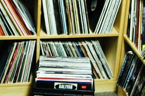 Friday Mixtape: My Clutter, Your Future