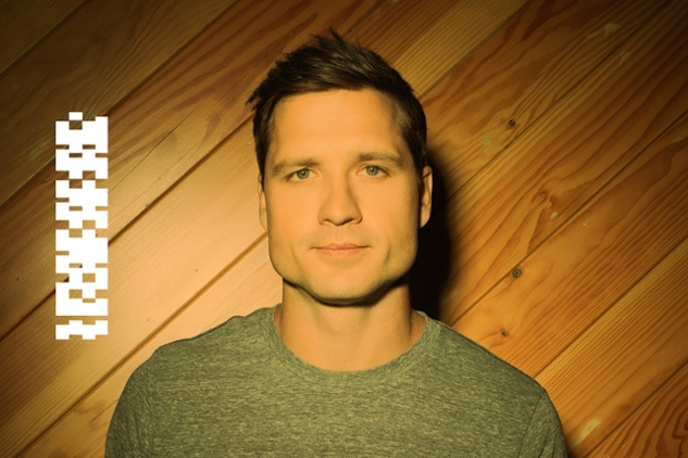 Celebrity Playlist: Walker Hayes
