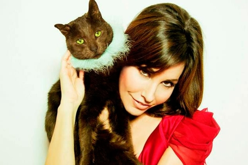 Gina Gershon: The Napster Interview