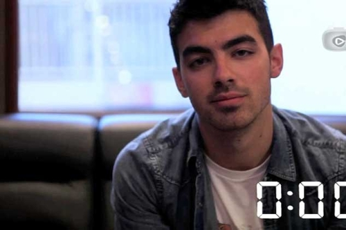 On The Record: Joe Jonas talks Adele