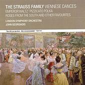 The Strauss Family:  Vienneses Dances by London Symphony Orchestra