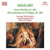 MOZART: Gran Partita / Divertimento, K. 205 de Various Artists