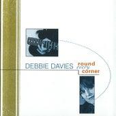 Round Every Corner de Debbie Davies