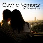 30 Grandes Êxitos (Ouvir e Namorar) by Various Artists