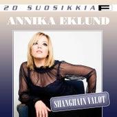 20 Suosikkia / Shanghain valot by Annika Eklund