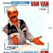 25 años…¡y seguimos ahí!, Vol.1 by Los Van Van