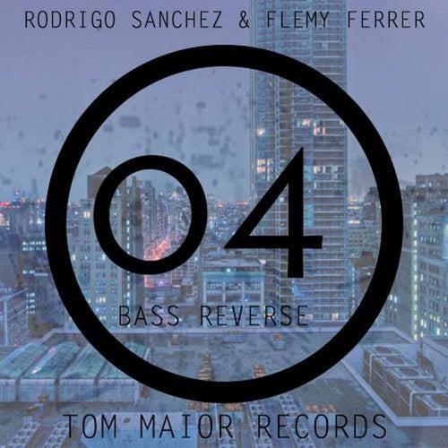 Bass Reverse by Rodrigo Sanchez