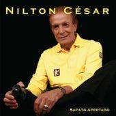 Sapato Apertado by Nilton César