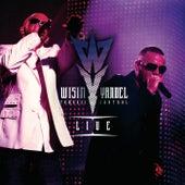 Tomando Control Live de Wisin y Yandel