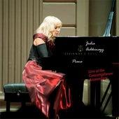 Julia Achkinazy Live at Concertgebouw Amsterdam (10 Novermber 2012) van Julia Achkinazy