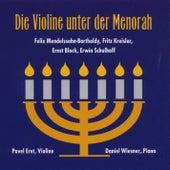 Die Violine unter der Menorah by Daniel Wiesner Pavel Eret