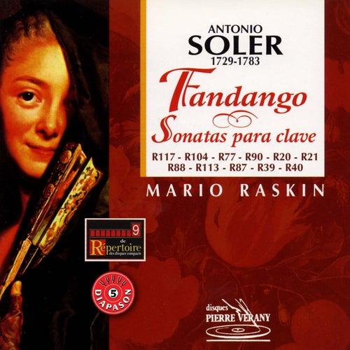 Soler  : Fandango y sonatas para clave by Mario Raskin