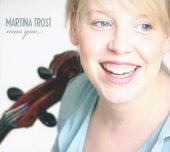 Mas Que… by Martina Trost