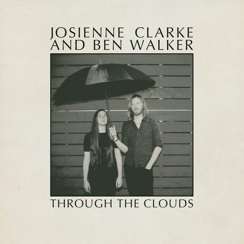 Through the Clouds van Josienne Clarke and Ben Walker