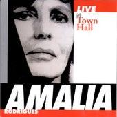 Live at Town Hall de Amalia Rodrigues