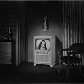 Black and White T.V. von Menage