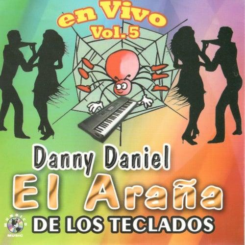 En Vivo, Vol. 5 by Danny Daniel
